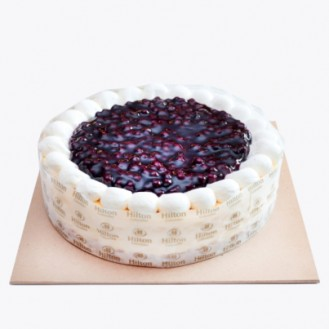 Cheesecake with Blueberry Pie Filling