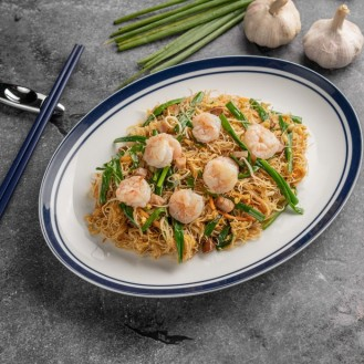 Wok-Fried Singaporean Mee Hoon With Chicken Char Siu And Shrimps
