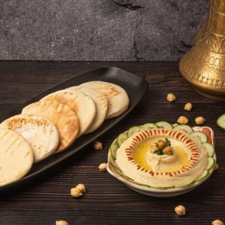 Classic Lebanese Hummus