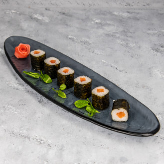 Salmon Roll (6 pcs)